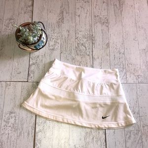 Nike Dri-Fit Tennis Skirt White and Beige size S